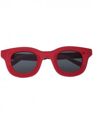 Солнцезащитные очки Rhodeo из коллаборации с Rhude Thierry Lasry. Цвет: красный