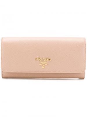 Классический континентальный кошелек Prada. Цвет: нейтральные цвета