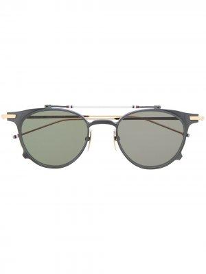 Солнцезащитные очки в оправе Clubmaster Thom Browne Eyewear. Цвет: серебристый