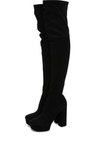 Замшевые ботфорты на устойчивом каблуке и платформе Casadei. Цвет: черный