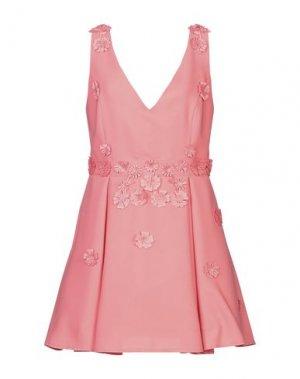 Короткое платье BABYLON. Цвет: коралловый