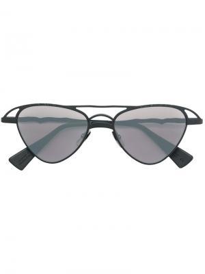 Солнцезащитные очки-авиаторы с оправе пирамидальной формы Kuboraum. Цвет: черный