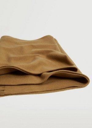 Базовый шарф с бахромой - Basic Mango. Цвет: коричневый средний