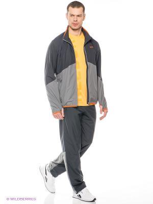 Спортивный костюм WOVEN TECH TS Reebok. Цвет: серый