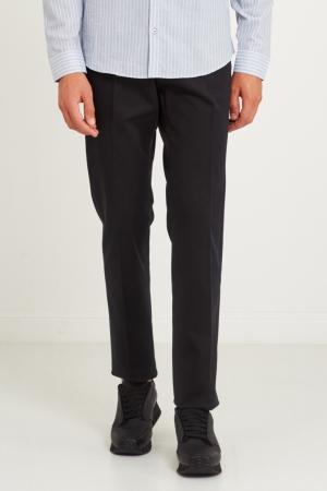 Черные прямые брюки Gucci. Цвет: черный