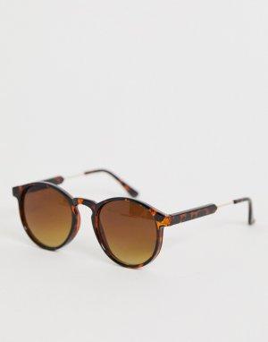 Круглые солнцезащитные очки в черепаховой оправе AJ Morgan. Цвет: коричневый