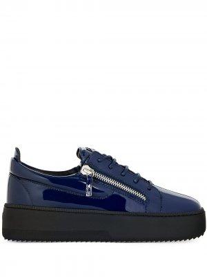 Массивные кроссовки с молниями Giuseppe Zanotti. Цвет: синий