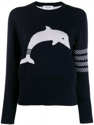 Жаккардовый пуловер Dolphin Icon с полосками 4-Bar Thom Browne. Цвет: синий