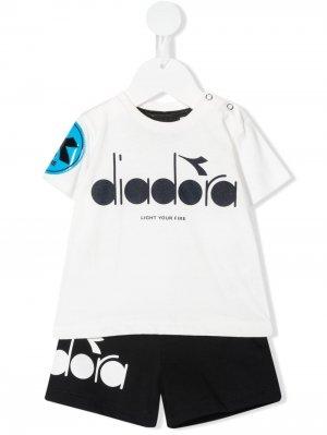Спортивный костюм с логотипом Diadora Junior. Цвет: белый
