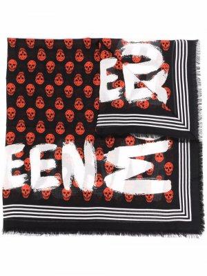 Платок с узором Skull Alexander McQueen. Цвет: черный