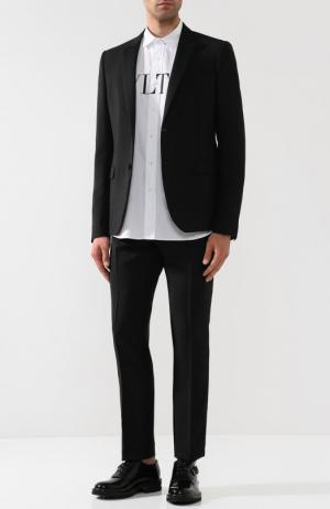 Шерстяной костюм с однобортным пиджаком Valentino. Цвет: черный