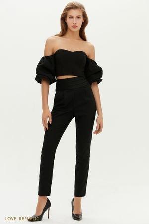 Зауженные черные брюки с акцентной линией пояса LOVE REPUBLIC