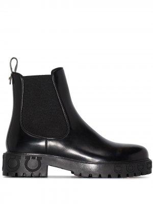 Ботинки челси с декором Gancini Salvatore Ferragamo. Цвет: черный