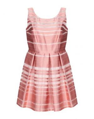 Короткое платье CASTING. Цвет: розовый