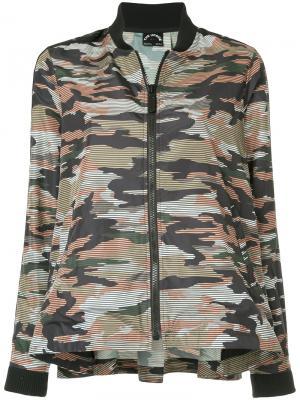 Камуфляжная куртка-бомбер The Upside. Цвет: разноцветный