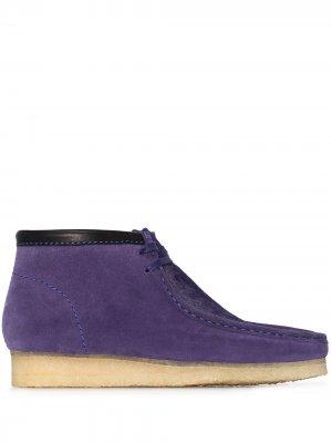 Ботинки Wallabee Clarks Originals. Цвет: фиолетовый