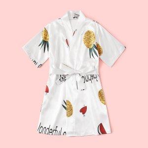 Атласный халат с поясом, принтом ананаса и сердечка для девочек SHEIN. Цвет: белые