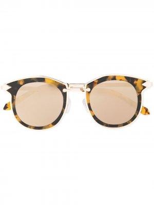 Солнцезащитные очки Bounty Karen Walker. Цвет: серый