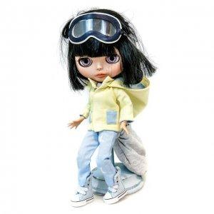 Кукла Блайз Эшли Carolon. Цвет: разноцветный