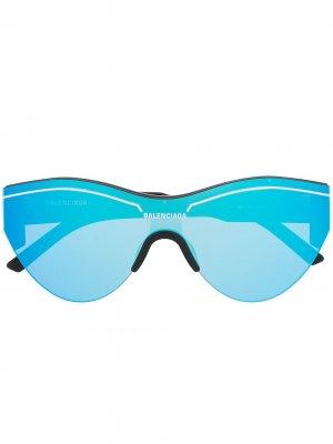 Массивные солнцезащитные очки с зеркальными линзами Balenciaga Eyewear. Цвет: черный