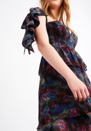 Платье Lost Ink PRINTED TIERED MIDI WITH SHOULDER PANEL. Цвет: синий