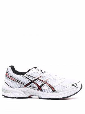 Кроссовки со вставками ASICS. Цвет: белый
