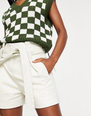 Кремовые кожаные шорты с присборенной талией и завязкой -Белый Muubaa