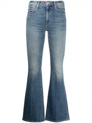 Расклешенные джинсы Weekender MOTHER. Цвет: синий