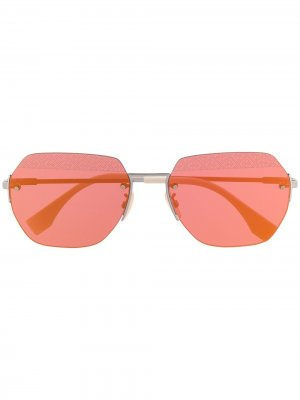 Солнцезащитные очки в геометричной оправе Fendi Eyewear. Цвет: серебристый