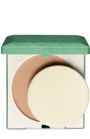 Компактная пудра для жирной кожи, оттенок 03 Clinique. Цвет: бесцветный