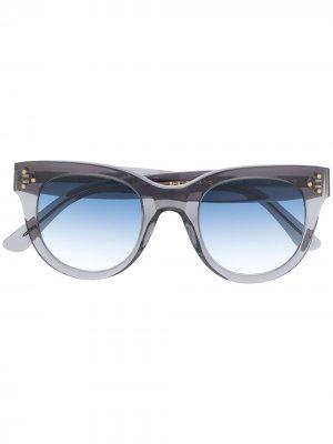 Солнцезащитные очки в массивной оправе Spektre. Цвет: серый