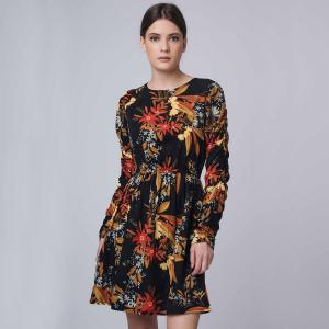 Платье с длинными рукавами, цветочным принтом COMPANIA FANTASTICA. Цвет: черный наб. рисунок