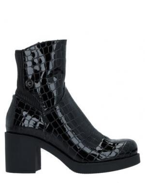Полусапоги и высокие ботинки CONNI. Цвет: черный