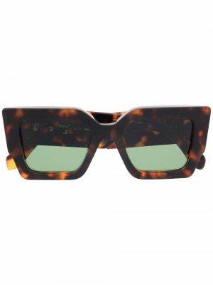 Солнцезащитные очки Catalina в квадратной оправе Off-White. Цвет: коричневый