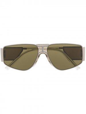 Солнцезащитные очки со вставками Givenchy Eyewear. Цвет: серебристый