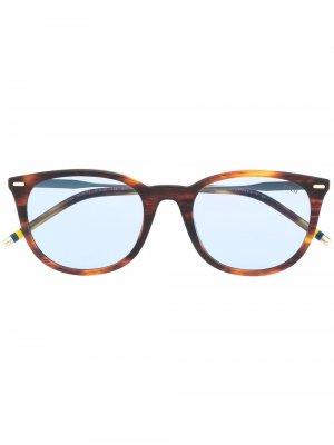 Солнцезащитные очки трапециевидной формы Polo Ralph Lauren. Цвет: коричневый