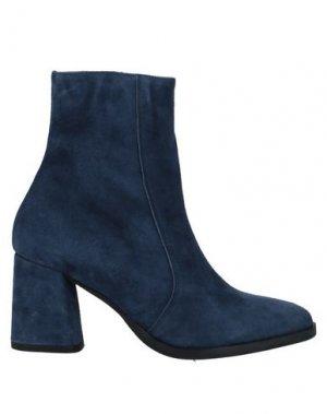 Полусапоги и высокие ботинки BAGATT. Цвет: синий