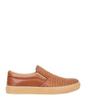 Низкие кеды и кроссовки CALPIERRE. Цвет: коричневый