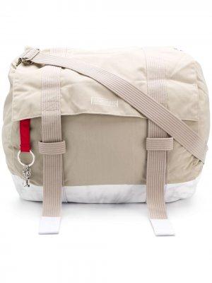 Состаренная сумка Eastpak. Цвет: нейтральные цвета