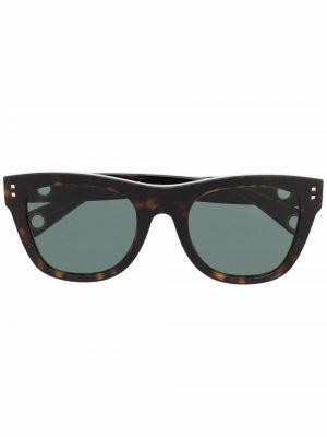 Солнцезащитные очки в оправе черепаховой расцветки Valentino Eyewear. Цвет: коричневый