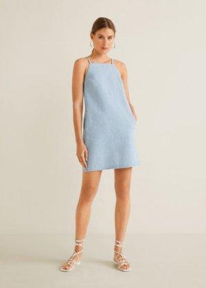 Джинсовое платье с американской проймой - Rayas Mango. Цвет: светло-синий