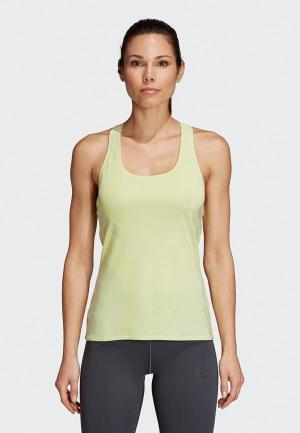 Майка спортивная adidas JACQUARD TANK. Цвет: зеленый