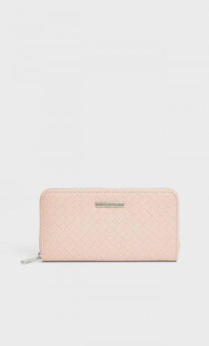 Бумажник С Плетеным Узором Женская Коллекция Цвет Розового Макияжа 103 Stradivarius. Цвет: цвет розового макияжа