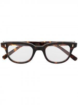 Солнцезащитные очки в прямоугольной оправе черепаховой расцветки Eyevan7285. Цвет: коричневый