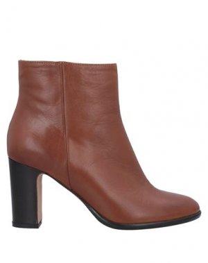 Полусапоги и высокие ботинки J|D JULIE DEE. Цвет: верблюжий