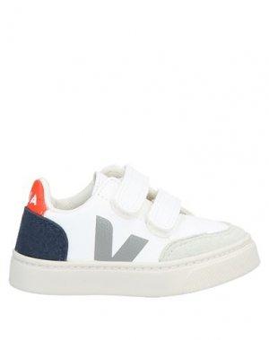 Кеды и кроссовки VEJA. Цвет: белый