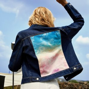 Джинсовая куртка на пуговицах с рисунком сзади SHEIN. Цвет: темно-синий