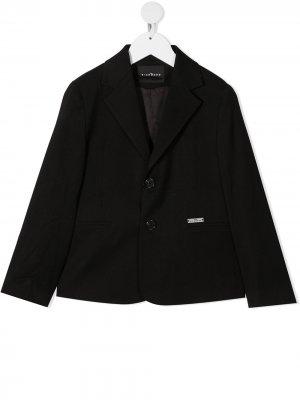 Приталенный однобортный пиджак John Richmond Junior. Цвет: черный