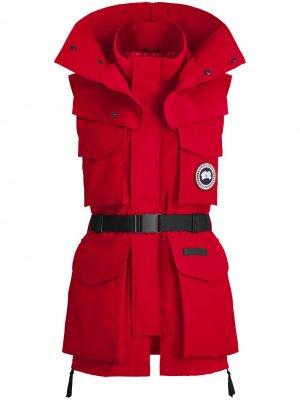 Удлиненный жилет Chaka из коллаборации с Angel Chen Canada Goose. Цвет: красный