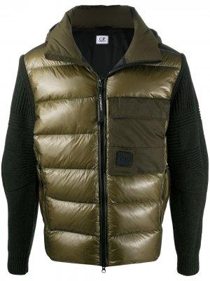 Куртка с дутыми вставками C.P. Company. Цвет: зеленый